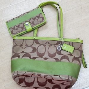 Coach Signature Green Tote and matching wallet